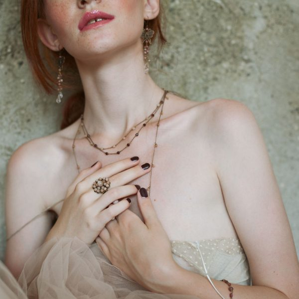 Pepelù - Anello filigrana fiore in ottone anticato e collana bon-ton con piccole pietre pendenti