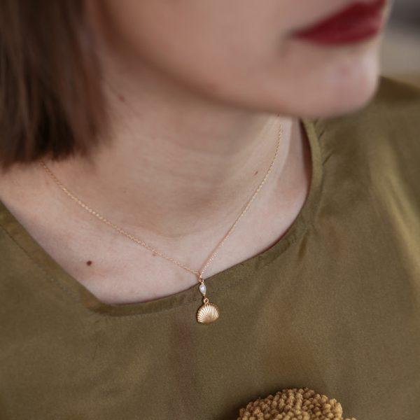 Pepelù - Girocollo conchiglia e perla di fiume